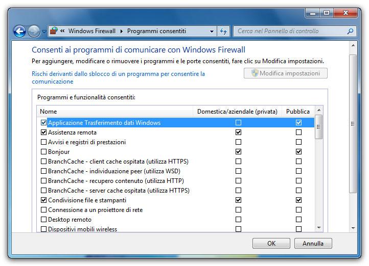 Figura 3: nella finestra di impostazione del firewall si può decidere quale programma può accedere a Internet e quale no