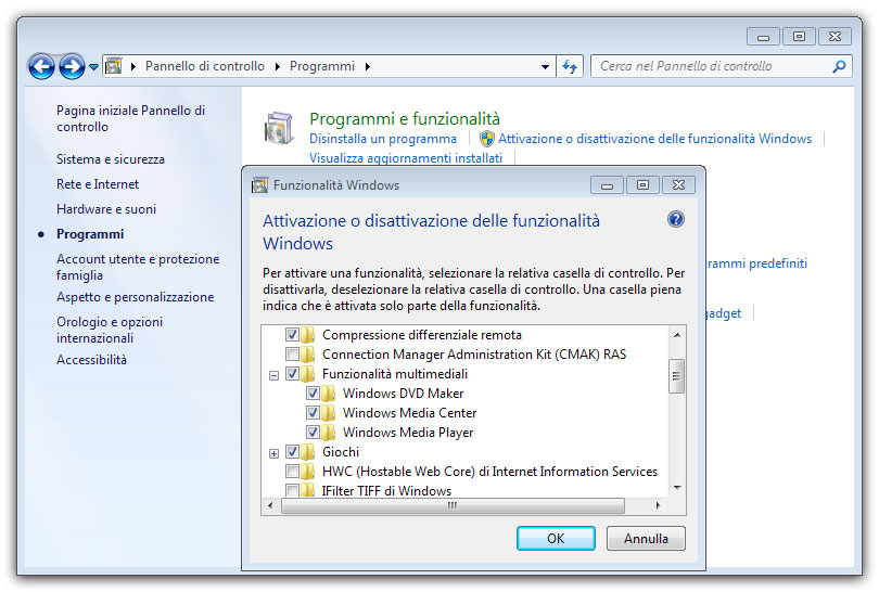 Figura 1: come abilitare Windows Media Player in Windows 7 nel caso non fosse abilitato di default